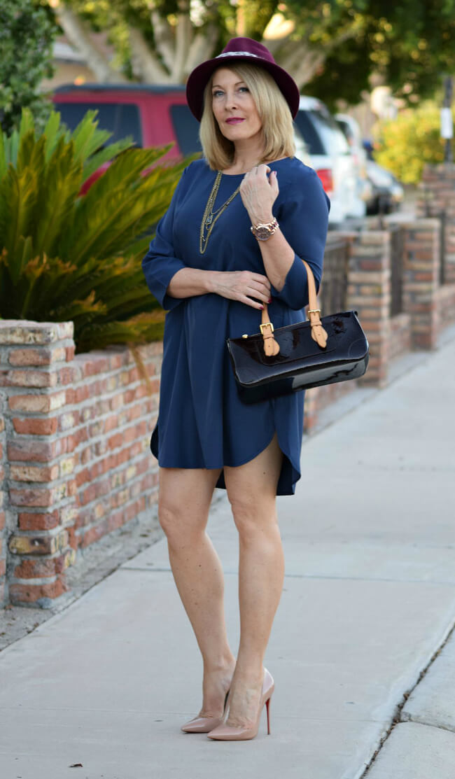 Haute-Business-shirttail-dress