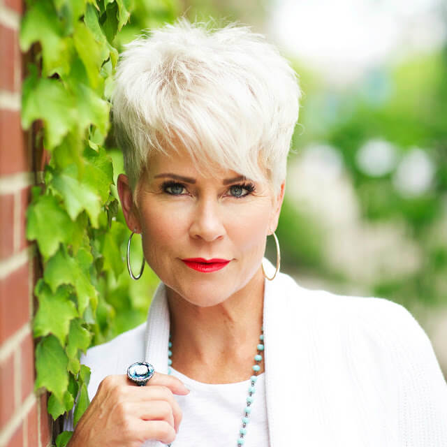 Energetic Style Chic Over 50 Fabulous After 40