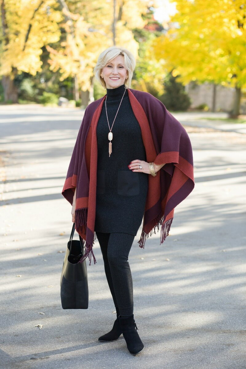 FALL PONCHOS FOR WOMEN – A FAB WAY TO TWEAK YOUR CHIC